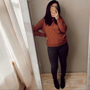Rust lightweight sweatshirt